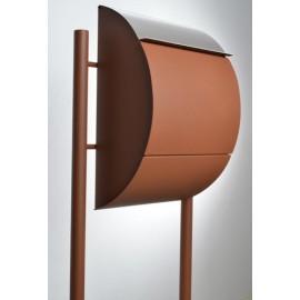 Rostbrun Jumbo brevlåda med stativ och rostfri lucka
