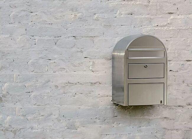 BOBI Swiss brevlåda